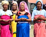 Manipuri Women: A Complete Person :: Article