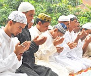 Eid-ul-Fitr celebrations at Hatta, Minuthong :: Gallery