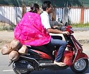 Ningols on way to her mapam lamdam on Ningol Chakkouba #1 :: Gallery
