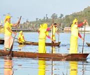 Manipur Sangai Festival : Day 8 : Boat Racing at Takmu Water Sports Complex, Loktak :: Gallery
