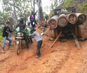 Condition of roads between Nepali Kuthi, Sagaing to Namlee Village :: Gallery