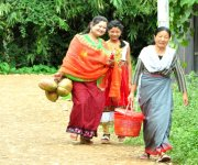 Ningols on the way to her mapam lamdam at Imphal  :: Gallery