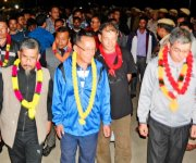 Teachers / students of MU released from Sajiwa Jail accorded grand welcome :: 16 Sept :: Gallery