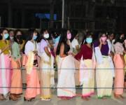 Bor khoiramnaba : Devotees at the temple of Hiyangthang Lairembi #3 :: Gallery